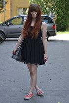 black New Yorker dress - orange Vans sneakers
