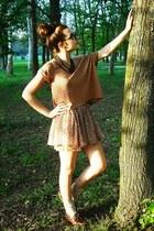 Timberland shoes - vintage 70s necklace - Zara skirt - armani glasses