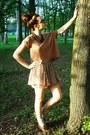 Timberland-shoes-vintage-70s-necklace-zara-skirt-armani-glasses