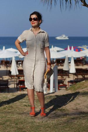 off white vintage bag - brown Vogue sunglasses - carrot orange Guess pumps