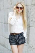 black polka dots H&M shorts - tawny Mango sunglasses - brown Zara belt - white Z
