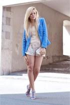 blue Zara blazer - beige Isabel Lu shirt - off white BCBG Maxazria bag