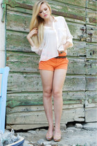 light orange Zara shorts - white H&M blouse - beige Zara heels