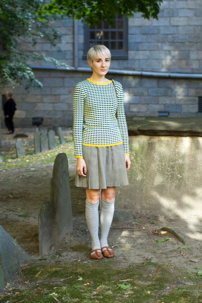 Joe Fresh sweater - thrifted vintage shoes - Harajuku socks