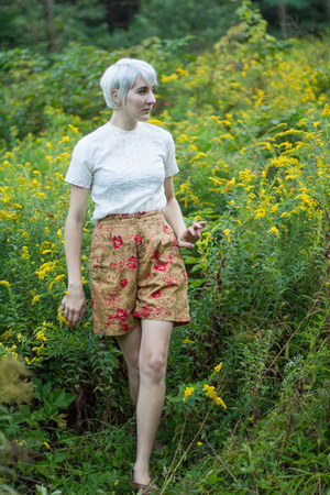 thrifted vintage shorts - thrifted vintage blouse - thrifted vintage sandals