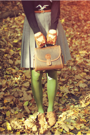 romwe gloves - vintage boots - vintage sweater - vintage skirt