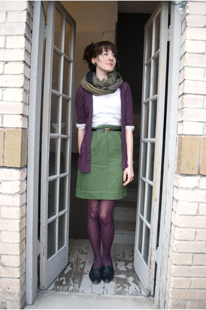 vintage shoes - gift tights - gift scarf - thrifted vintage skirt - Target cardi