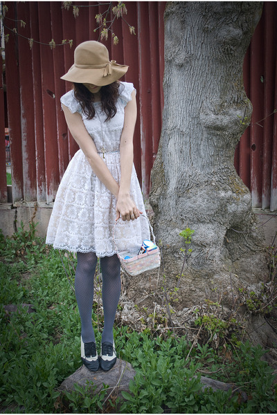 thrifted hat - Forever 21 shoes - lace overlay vintage dress