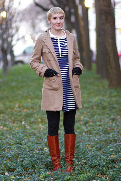 vintage boots - franche lippee dress - thrifted coat