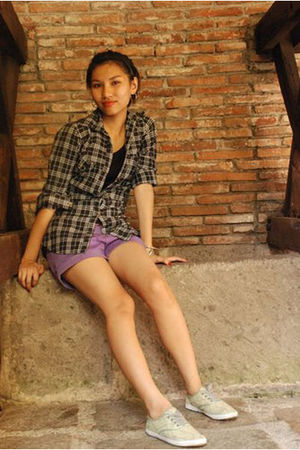 purple shorts - black blouse - yellow Mango shoes - silver accessories - pink be