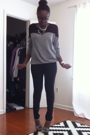 silver Jessica Simpson shoes - silver Forever 21 sweater