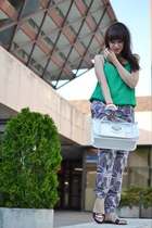 black more & more pants - white Parfois bag - green Oasis top
