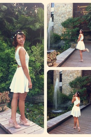white dress - light pink peeptoe Forever 21 shoes - peach accessories