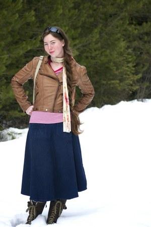 brown bomber modcloth jacket - dark brown lacer Sorrel boots