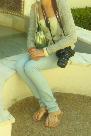 abercrombie and fitch sweater - btrue top - DKNY jeans - Italy shoes - Desmo pur