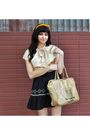 Beige-vintage-from-yoshi-now-purse-beige-vintage-from-yoshi-now-blouse-black