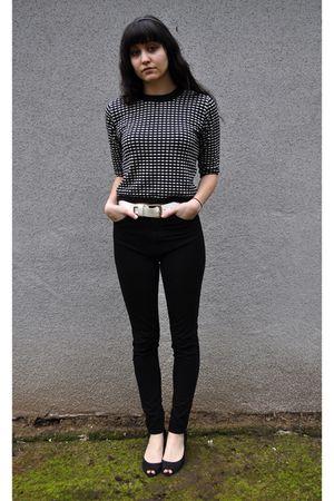 black H&M accessories - black American Apparel pants - black Arturo Chiang shoes