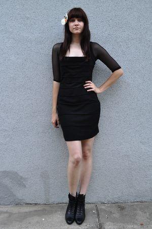 black vintage dress - black lace up vintage Enzo Angiolini boots
