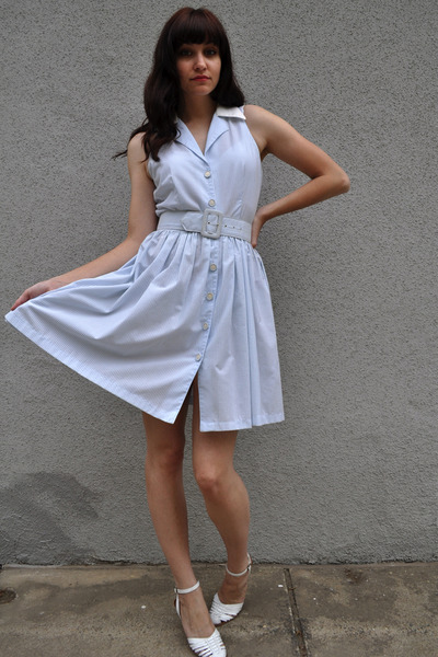 white vintage shoes - blue vintage dress - blue vintage belt - red