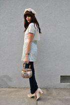 beige flower vintage hat - beige Bandolino shoes - green vintage dress
