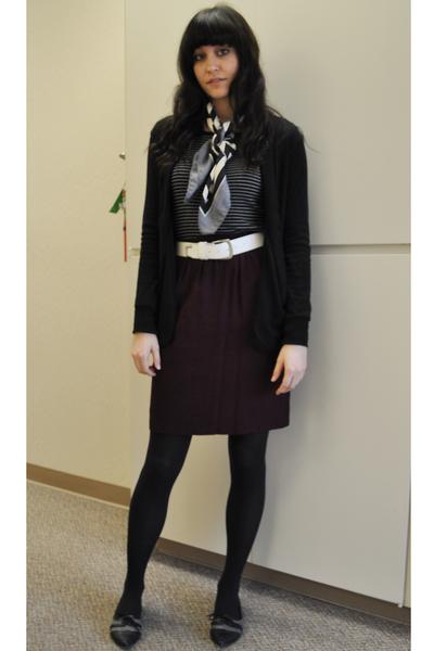 black slouchy BDG cardigan - black thrifted shoes - black Gap shirt