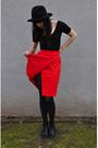 Red-vintage-skirt-black-american-apparel-black-tights-black-vintage-enzo-a