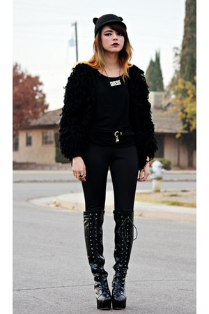 black romwe boots - black romwe hat - black Forever 21 shirt