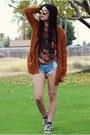 Sky-blue-romwe-shorts-dark-brown-giant-vintage-sunglasses