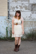 dark brown cowboy boots - white lace dress - brown braided belt - camel feathers