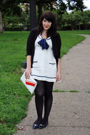 white sailor dress - black tights - red clutch bag - black cardigan
