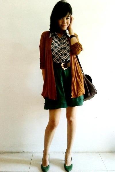 green suede Zara pumps - dark brown Newlook bag - brown random cardigan