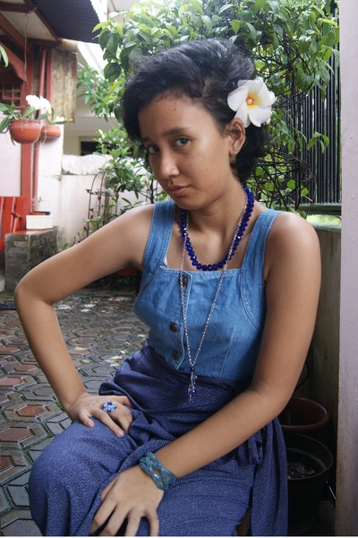 seminyakbali accessories - seminyakbali accessories - vintage from Ebay skirt -