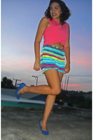 hot pink diy kezava blouse - blue diy kezava shorts - heaven heels