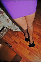 neutral redlips heels