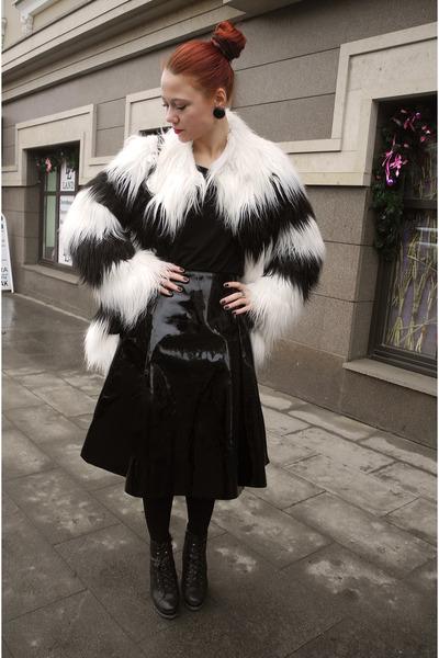white kira plastinina coat - black asos skirt
