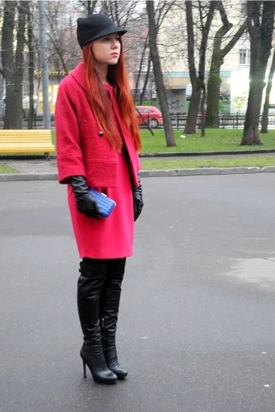 black windsor shoes - hot pink Gaudi coat