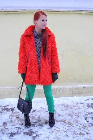 red second hand coat - black Stradivarius boots - black Topshop bag