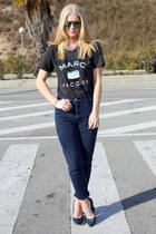 Marc by Marc Jacobs t-shirt - Mango sunglasses - cynthia rowley heels