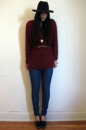 Topshop belt - PPQ jeans - thrifted cardigan - YSL shoes - thrifted necklace