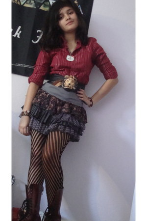 Wet Seal tights - Dr Martens boots - Guess top - ruffles foreign exchange skirt