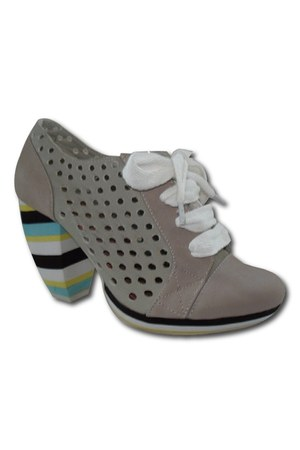 Feud London heels