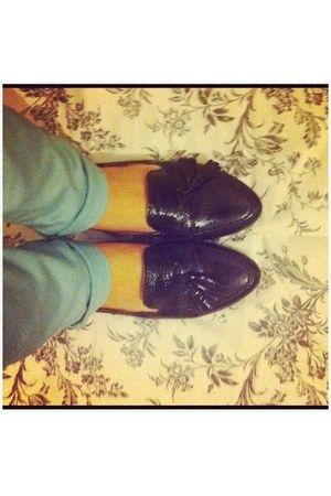 black loafers bronx flats