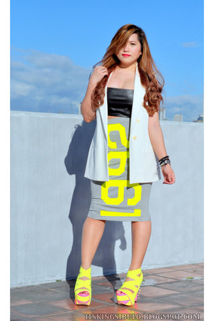 white Zara vest - heather gray Topshop skirt - light yellow DAS heels