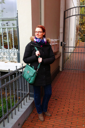 black modström coat - navy Mavi jeans - dark green leather Fossil bag