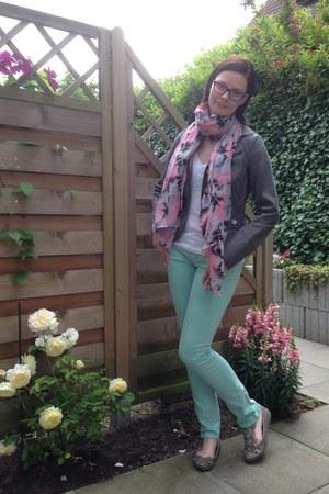 aquamarine Tom Tailor jeans - pink I am scarf - black Ray Ban glasses