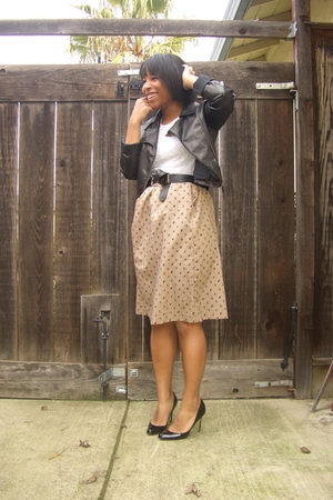 jeans - lace top - beige vintage skirt - black Steven Madden shoes
