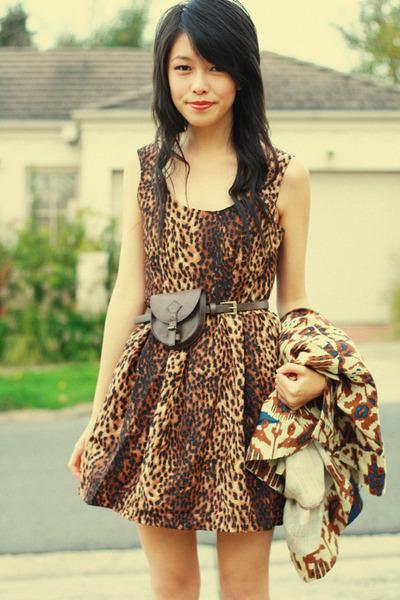 dark brown romwe dress - dark brown Frankie Sunshine cardigan