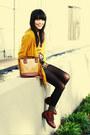 Vintage-boots-vintage-jumper