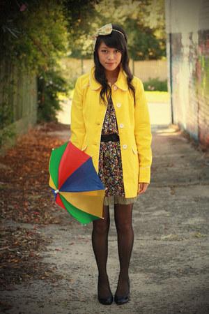 black miss patina dress - yellow yellow scallop modcloth coat