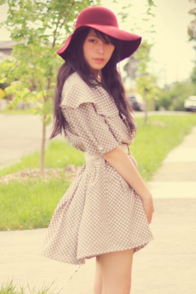 beige vintage sunny sideup closet dress - brown vintage shoes